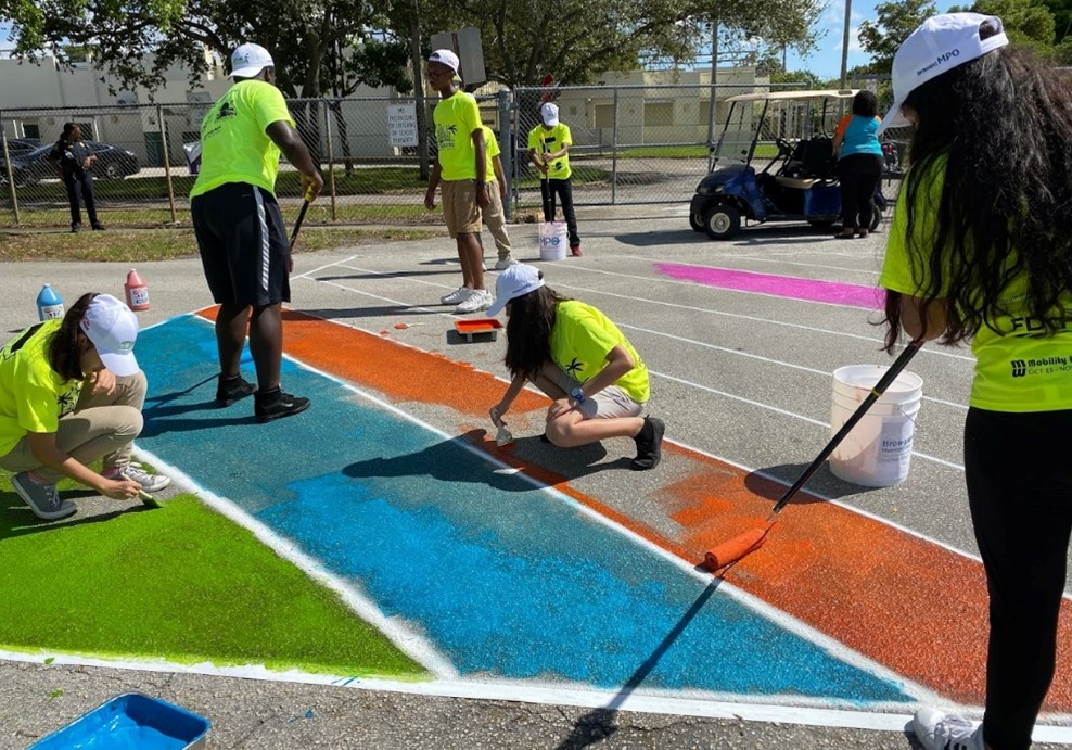 City of Miramar painting session. Let's Go Walking to School! event 2019